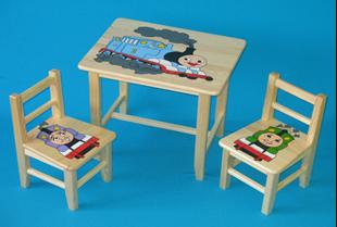Obrázok Dětský dřevěný stůl se židlemi - Vláček