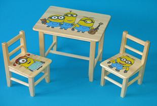 Obrázok Detský drevený stôl so stoličkami - Mimoni