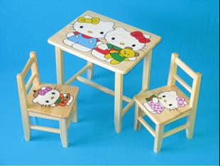 Obrázok Detský drevený stôl so stoličkami - Hello Kitty